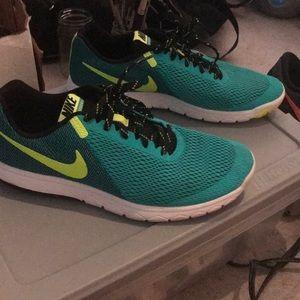 Nike flex experience rn5